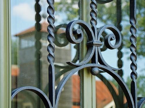 3 преимущества использования решетки для окон дома
